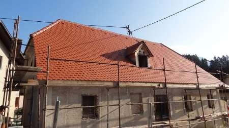 Prekrita streha z bobrovcem