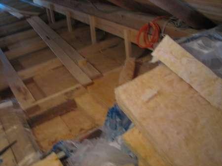 Izoliranje stropa nad mansardo