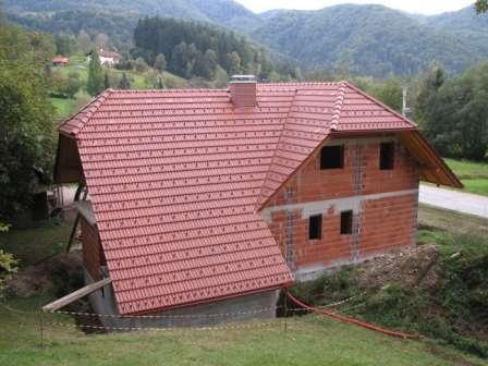 Prekrivanje strehe z Maksi zareznikom