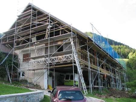 Priprava podkonstrukcije za fasado s fasadnim odrom