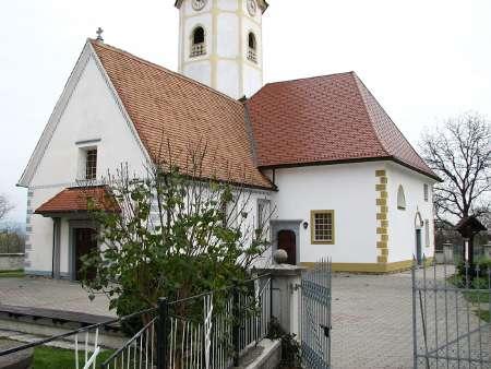 Prekrivanje strehe, bobrovec, cerkev